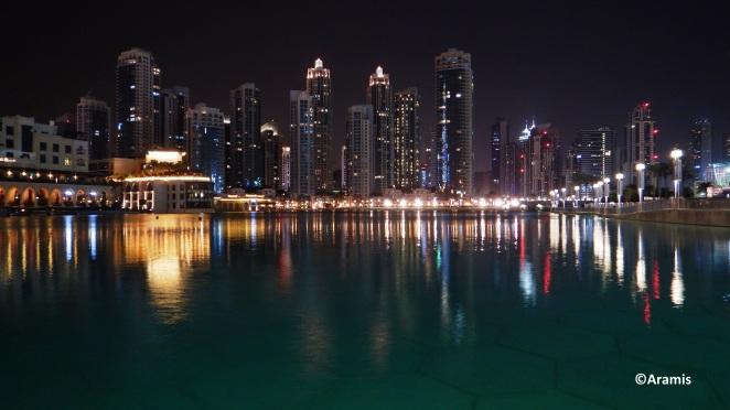 Dubai_Dubai Mall_skyline