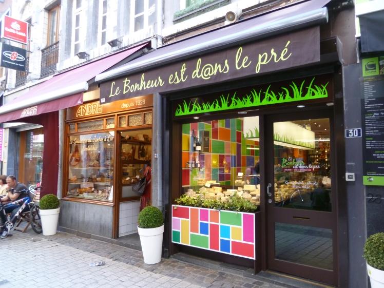Due fantastiche vetrine dei negozi a Liegi
